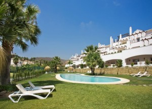 CONTEMPORARY ANDALUSIAN APARTMENT MARBELLA 395 000 €