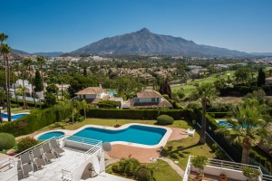 FULLY RENOVATED SEMI-DETACHED HOUSE MARBELLA 895 000 €
